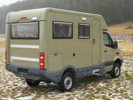 woelcke individueller reisemobil und sonderfahrzeugbau. Black Bedroom Furniture Sets. Home Design Ideas